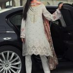 Maria B Lawn Eid Dresses Collection 2018 (11)