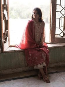 Misha Lakhani Oozes Cultural Eid Collection 2018 (2)