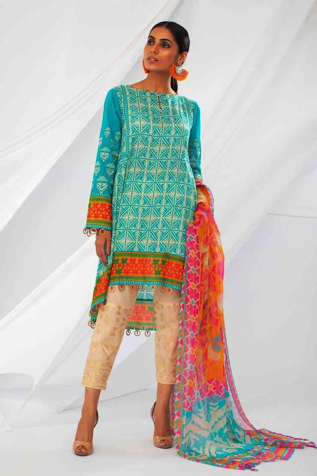 Classic Dresses Collection 2018 By Khaadi (1)