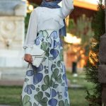 Hijab Look with Flare Skirt Outfit Fashion 2018 (5)