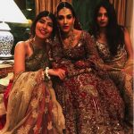 Syra Shahroze & her Sister Palwasha Yousaf at Friend Wedding (13)