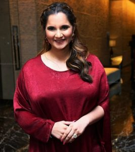 To be mommy Sania Mirza cover Shoot for Just Women Magazine (3)