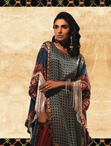 KHAADI UNSTITCHED CLASSICS EID COLLECTION 2018 (21)