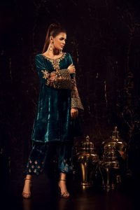 VEL'UR HITS ALL THE RIGHT NOTES BY SANA ABBAS (2)