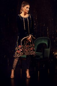 VEL'UR HITS ALL THE RIGHT NOTES BY SANA ABBAS (7)