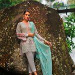 Summer Lawn Hits 2019 By Zainab Chottani (18)
