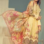 Signature Series Lawn Collection 2019 By House of Ittehad (5)