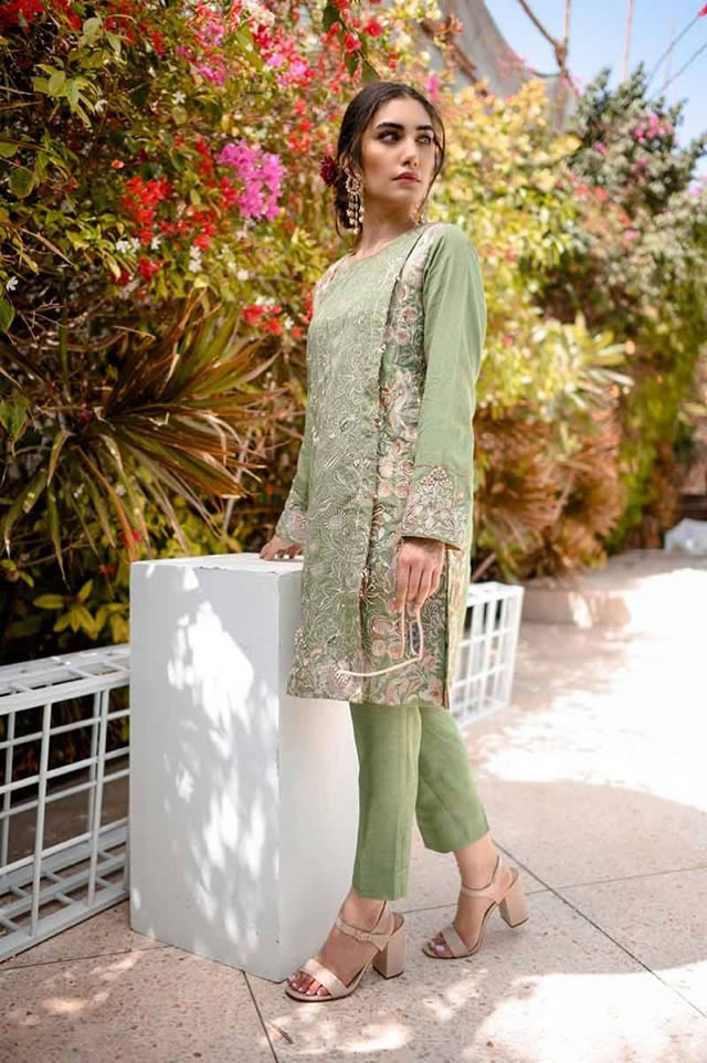 Gul Ahmed Les Morris Women's Eid Dresses Collection 2019 (10)
