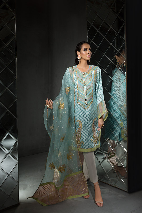Women's Dreamy Eid luxury Pret Wear Collection 2019 By Saira Shakira (18)