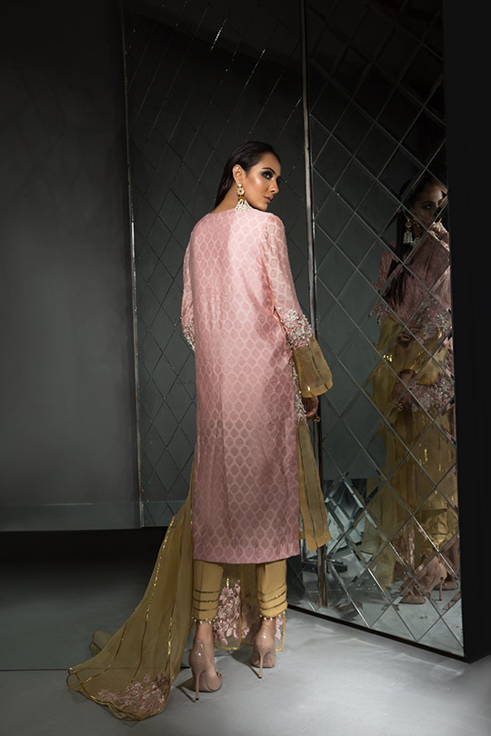 Women's Dreamy Eid luxury Pret Wear Collection 2019 By Saira Shakira (22)
