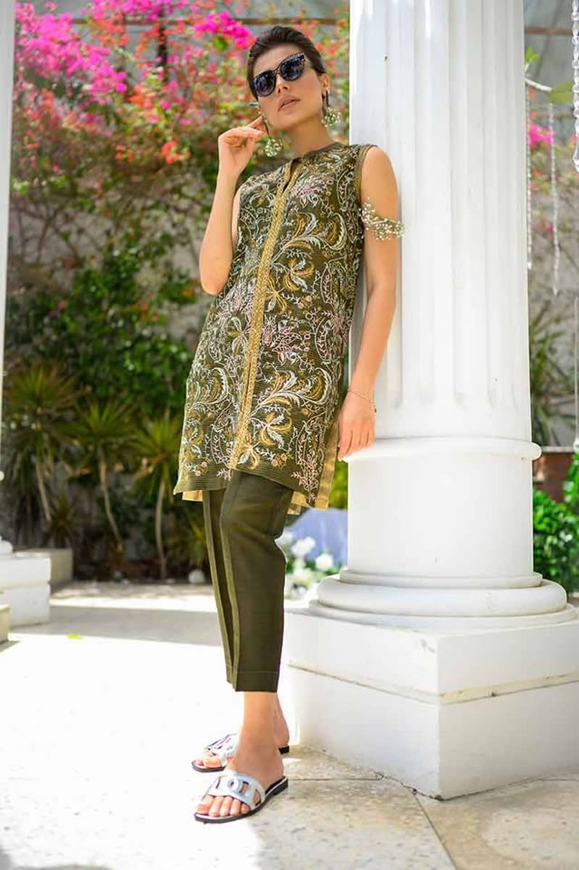 Gul Ahmed Les Morris Women's Eid Dresses Collection 2019 (6)