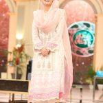 Beautiful clicks of Qubra Khan on Ramzan Pakistan transmission on Humtv (9)
