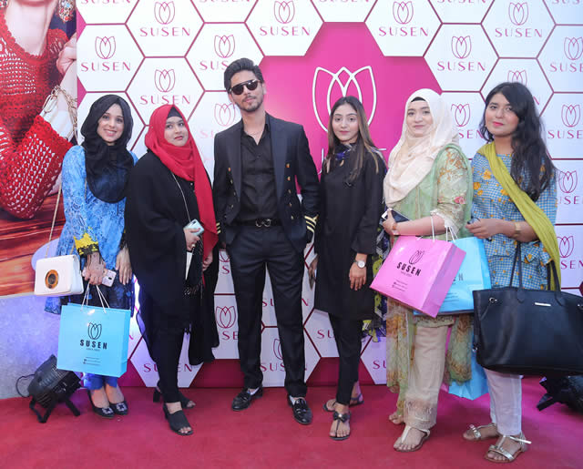Big launch of Susen Outlet in Karachi (21)