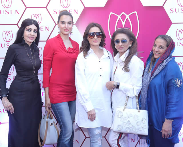 Big launch of Susen Outlet in Karachi (22)