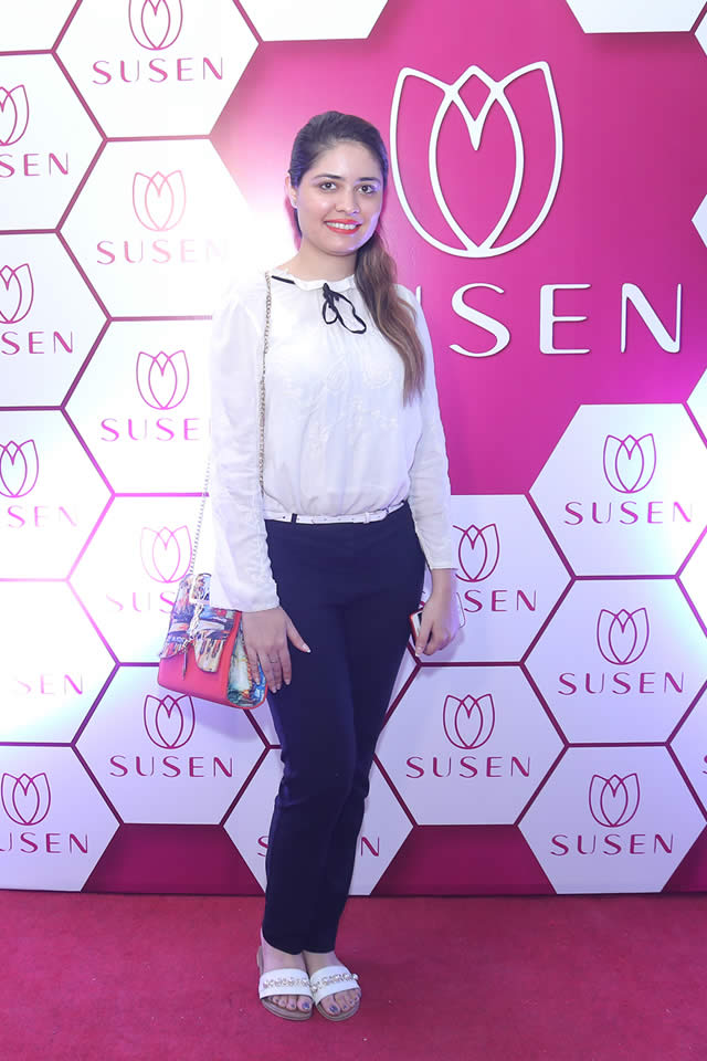 Big launch of Susen Outlet in Karachi (27)