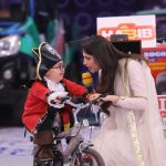 Cricketer Ahmed Shehzad & Actress Neelum Muneer in Jeeto Pakistan (11)