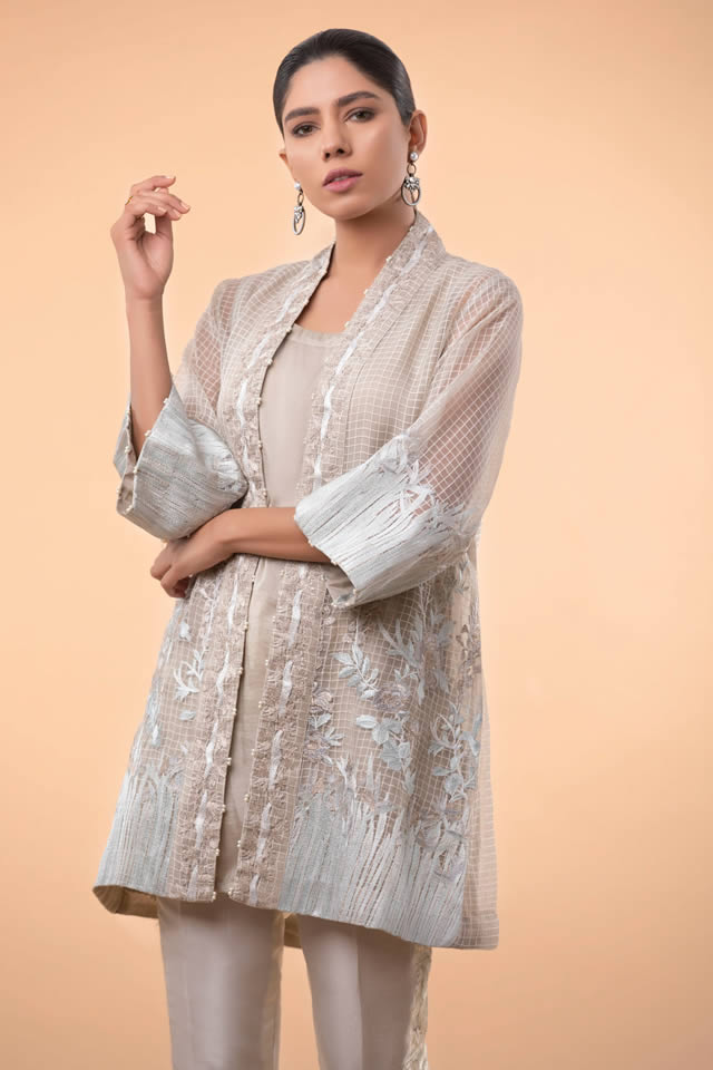 Womens Ready to wear Eid Collection 2019 By Sapphire (10)