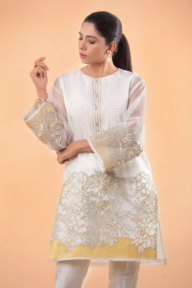 Womens Ready to wear Eid Collection 2019 By Sapphire (11)