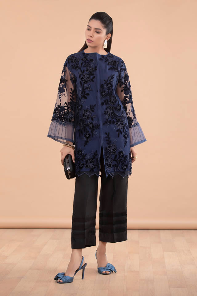 Womens Ready to wear Eid Collection 2019 By Sapphire (3)