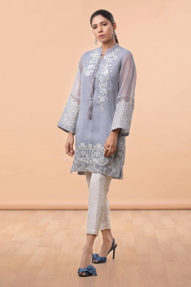 Womens Ready to wear Eid Collection 2019 By Sapphire (7)