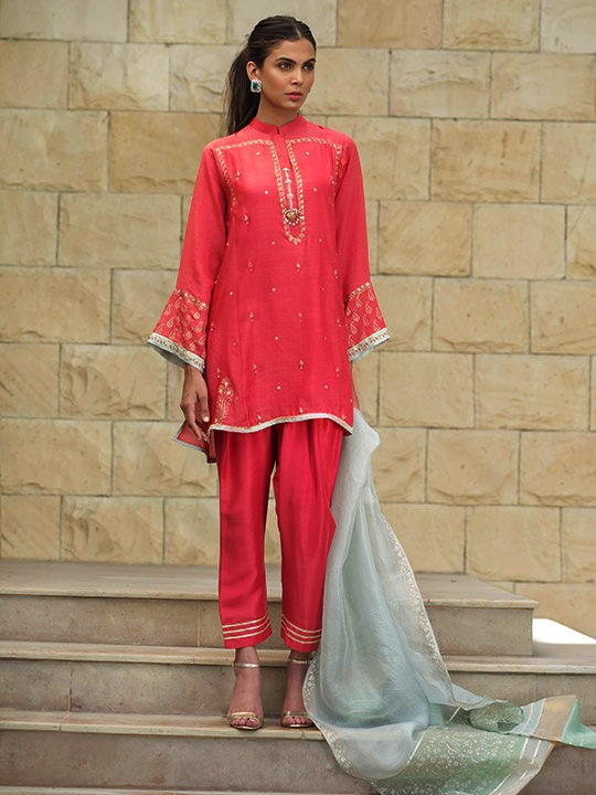 Sania Maskatiya's Alef Dresses 2019 Steals Hearts 2