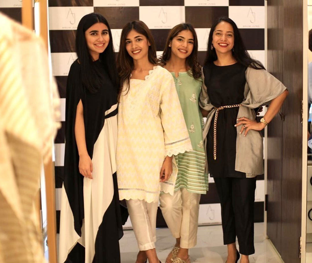 Celebrities in Sanam Jung Sister Anum Jung Launch of the new store (20)