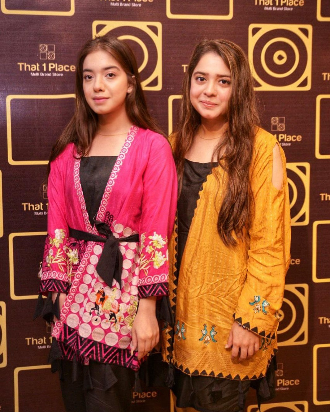 Celebrities in Sanam Jung Sister Anum Jung Launch of the new store (21)