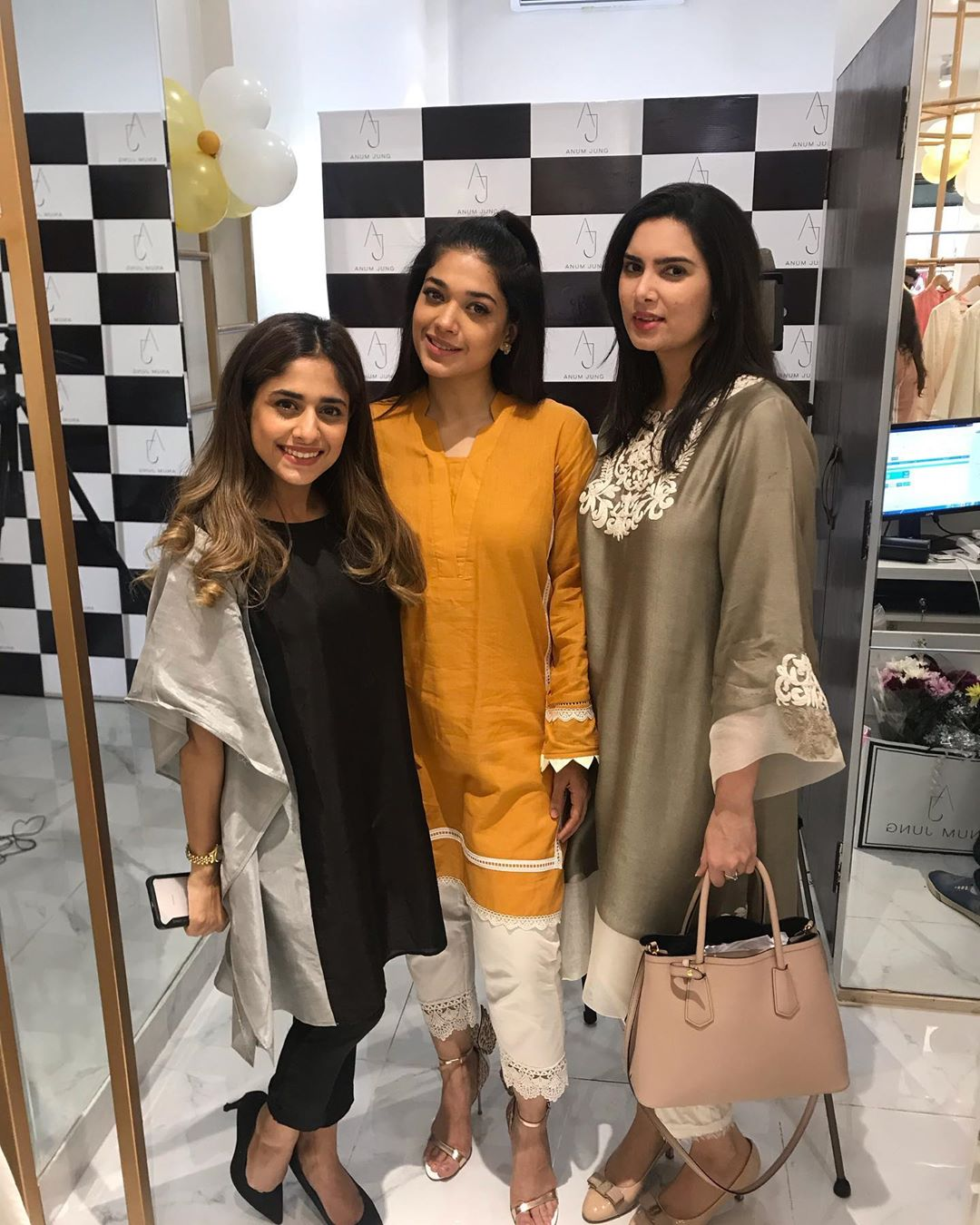 Celebrities in Sanam Jung Sister Anum Jung Launch of the new store (23)