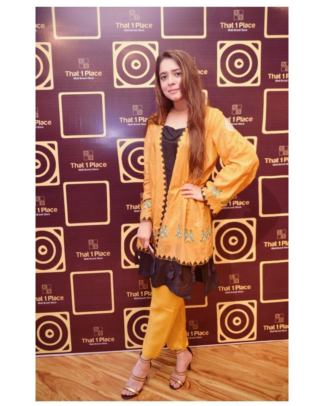 Celebrities in Sanam Jung Sister Anum Jung Launch of the new store (29)