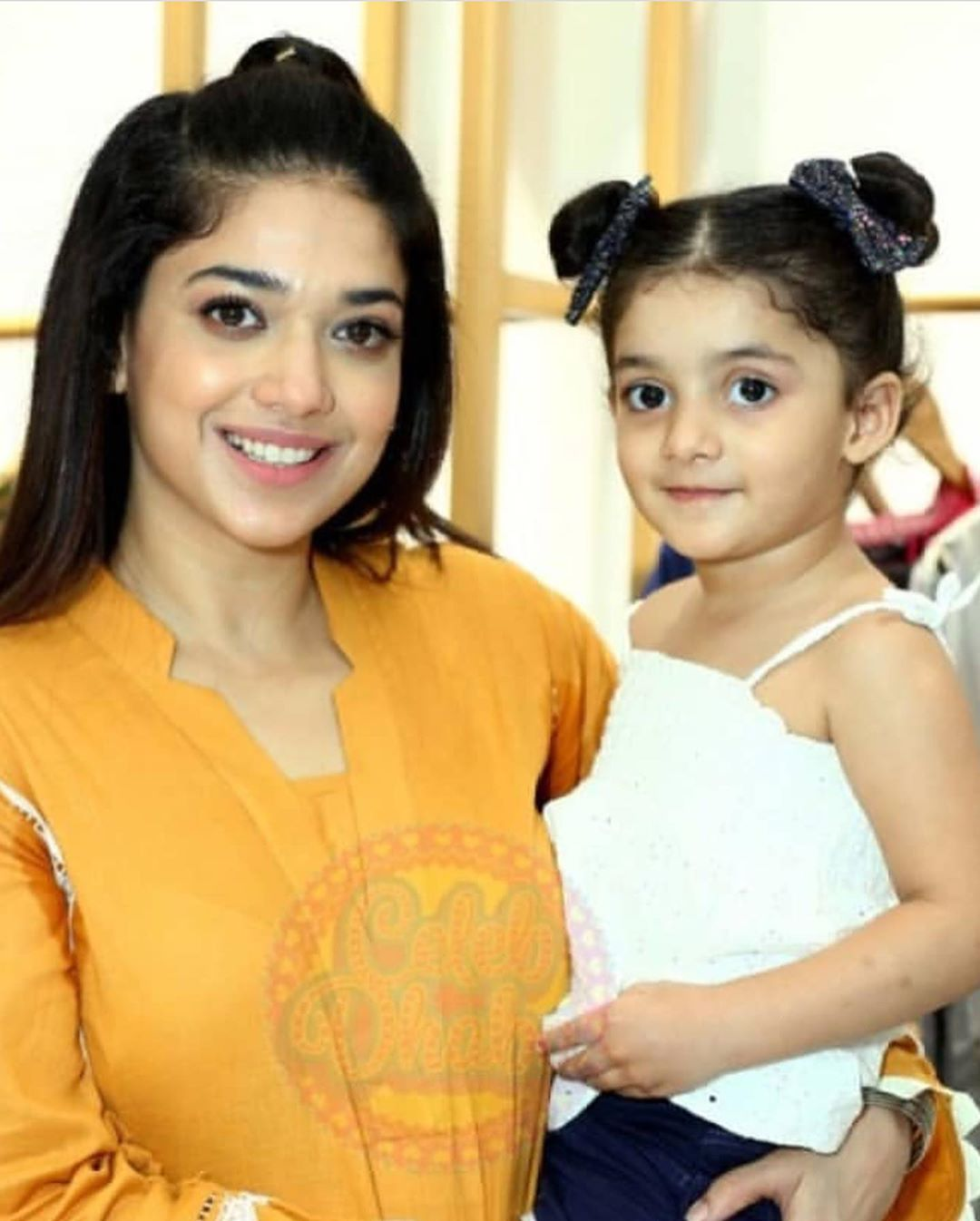 Celebrities in Sanam Jung Sister Anum Jung Launch of the new store (6)