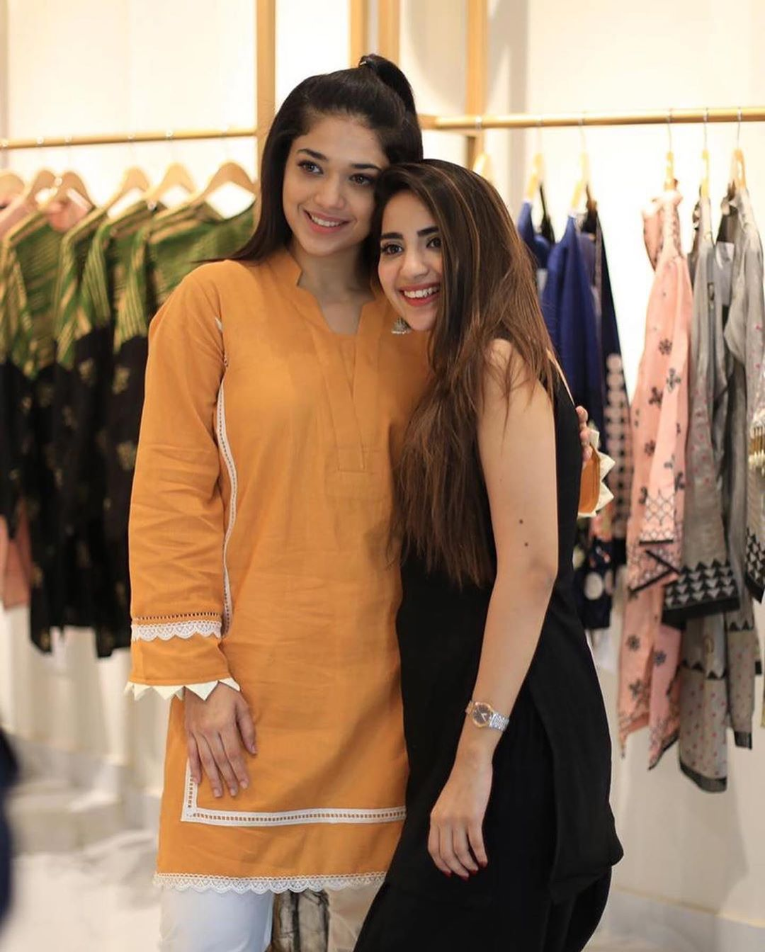 Celebrities in Sanam Jung Sister Anum Jung Launch of the new store (7)