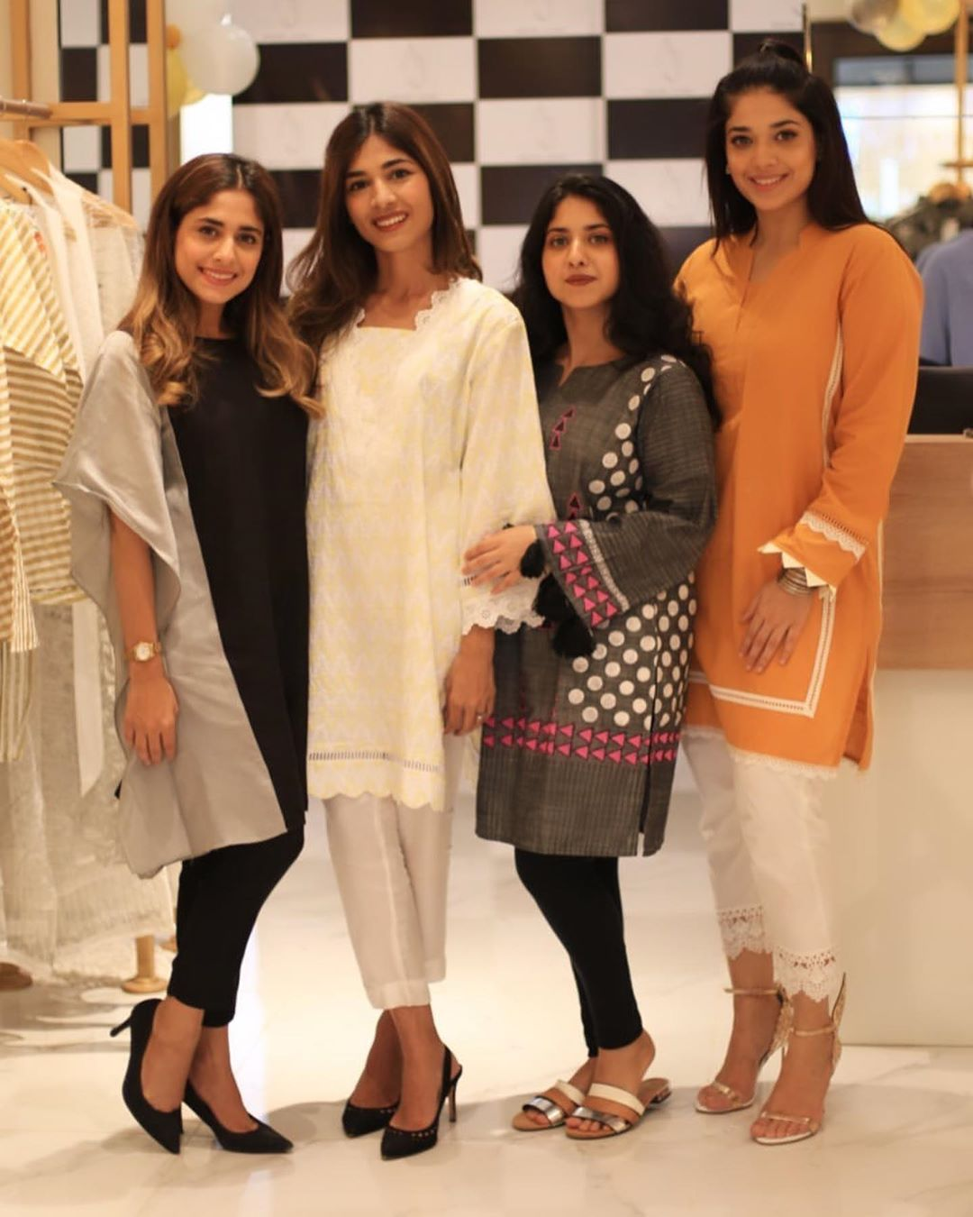 Celebrities in Sanam Jung Sister Anum Jung Launch of the new store (8)