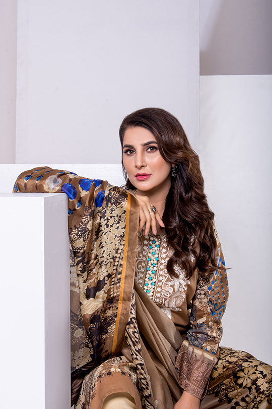 Update your summer wardrobe with the luxury Leyla lawn (5)