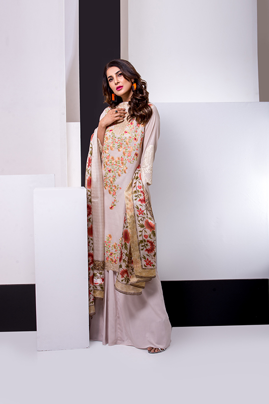 Update your summer wardrobe with the luxury Leyla lawn (7)
