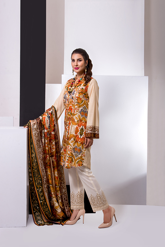 Update your summer wardrobe with the luxury Leyla lawn (8)