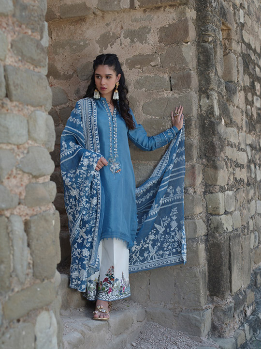 "6 Dresses From Nida Azwer's ""Rohtasgarh"" Collection 2019 (7)"