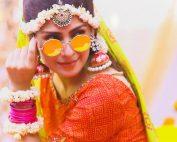 Actress Ayeza Khan New Clicks from Serial Yaariyan in Unique Style (1)