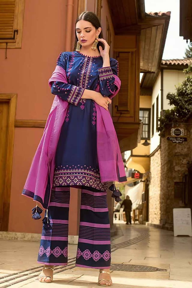 Luxury Festive Dresses Collection 2019 By Gul Ahmed (12)