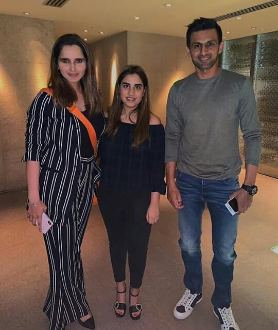 Cricketer Hassan Ali with his Wife at Shoaib Malik and Sania Mirza House in Dubai (4)