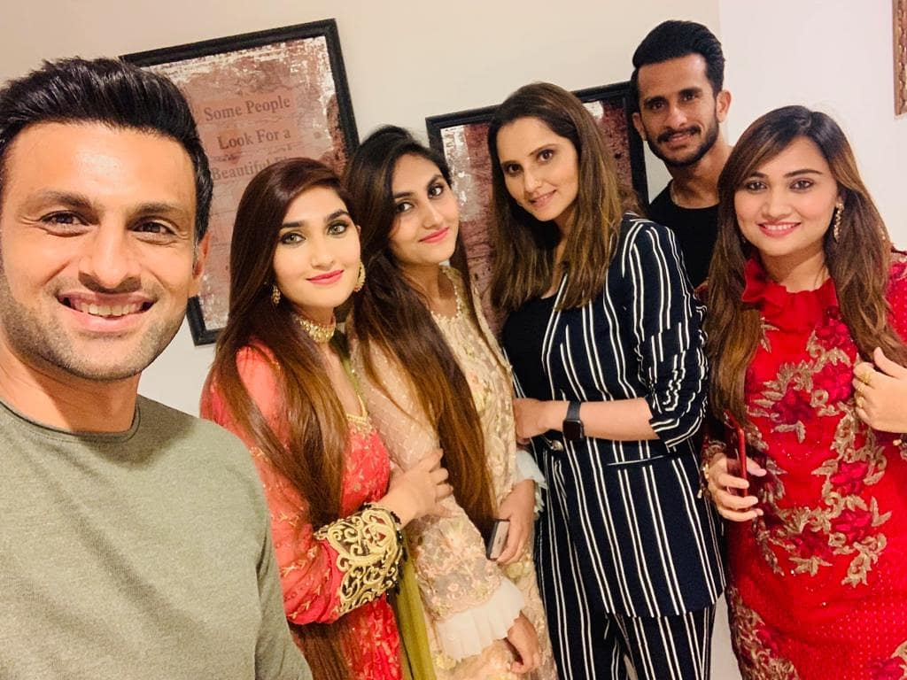 Cricketer Hassan Ali with his Wife at Shoaib Malik and Sania Mirza House in Dubai (5)