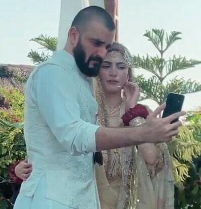 Hamza Ali Abbasi and Naimal Khawar Nikah HD Pictures Video (10)