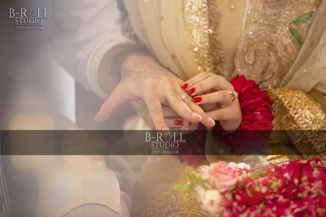Hamza Ali Abbasi and Naimal Khawar Nikah HD Pictures Video (18)
