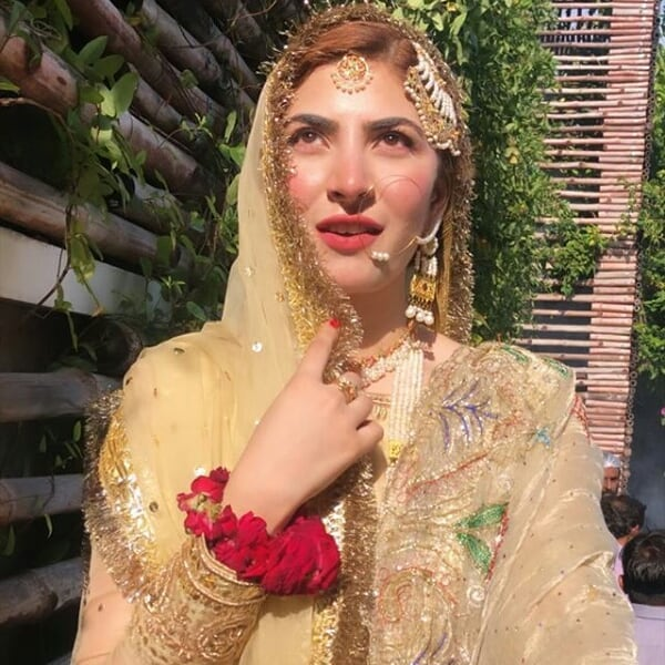 Hamza Ali Abbasi and Naimal Khawar Nikah HD Pictures Video (2)