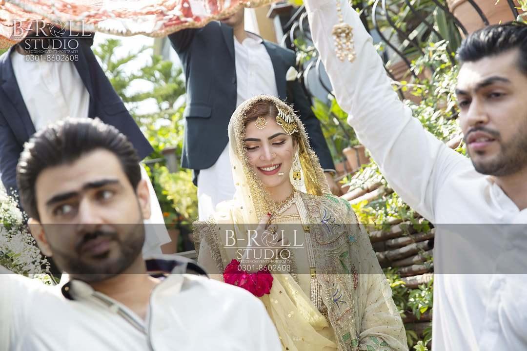 Hamza Ali Abbasi and Naimal Khawar Nikah HD Pictures Video (21)