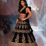 Katrina Kaif Walks at LFW 2019 Ramp for Manish Malhotra (10)