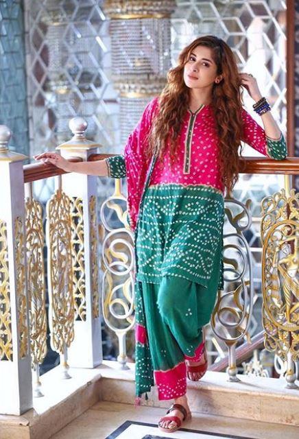 Latest clicks of Pakistani beautiful Actress Azekah Daniel (8)