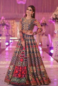 Pakistani Bridals Mehndi Dresses Ideas 2019 (18)