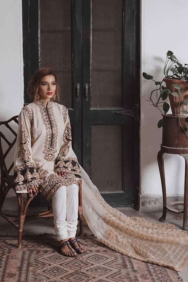 """Saira Rizwan """"Ik Serra"""" 2019 Collection (10)"""