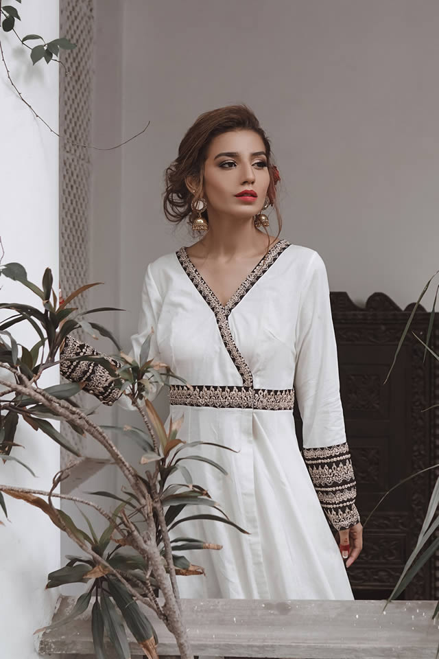 """Saira Rizwan """"Ik Serra"""" 2019 Collection (7)"""