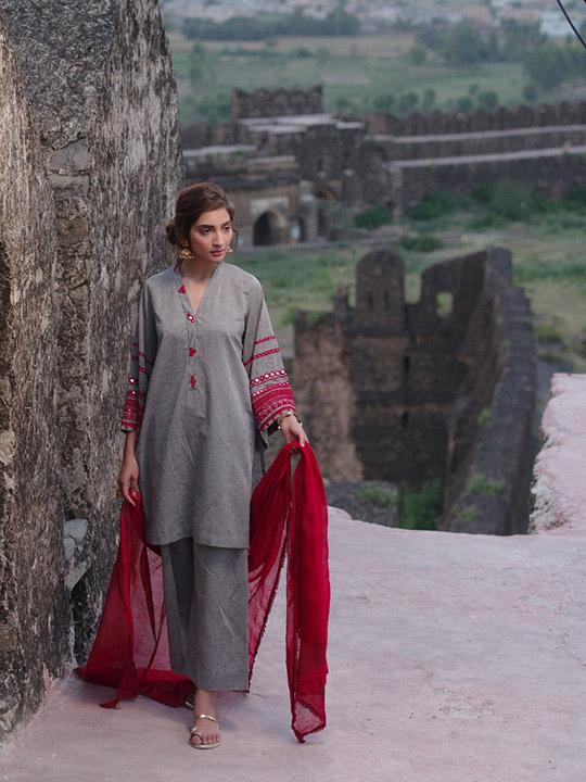 Sheesha Taanka Collection 2019 By Nida Azwer (10)